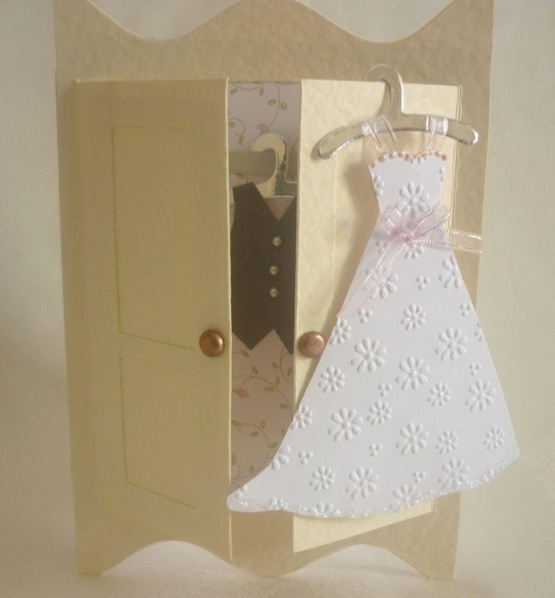 Making Mini Dresses and clothes for cardmaking and papercraft