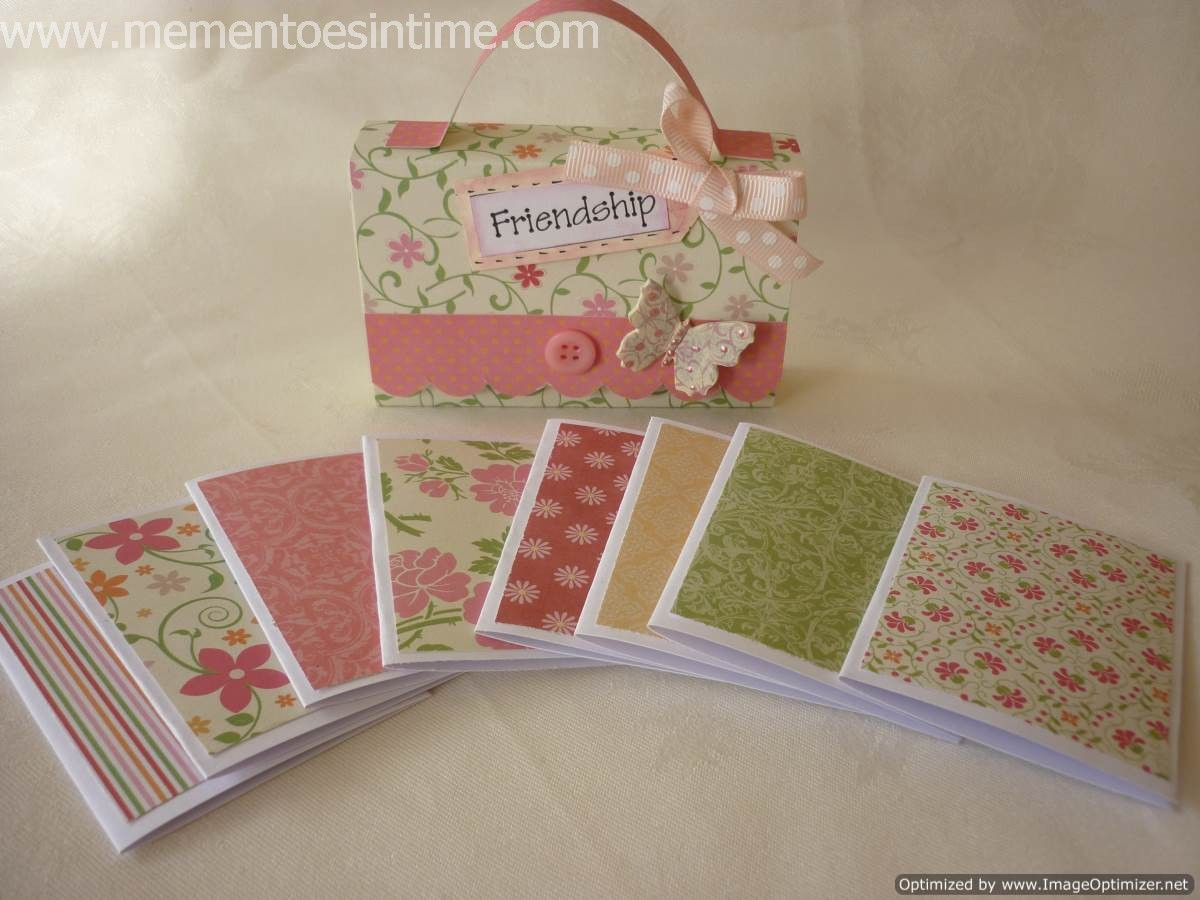 Accordion file & Gift Cards